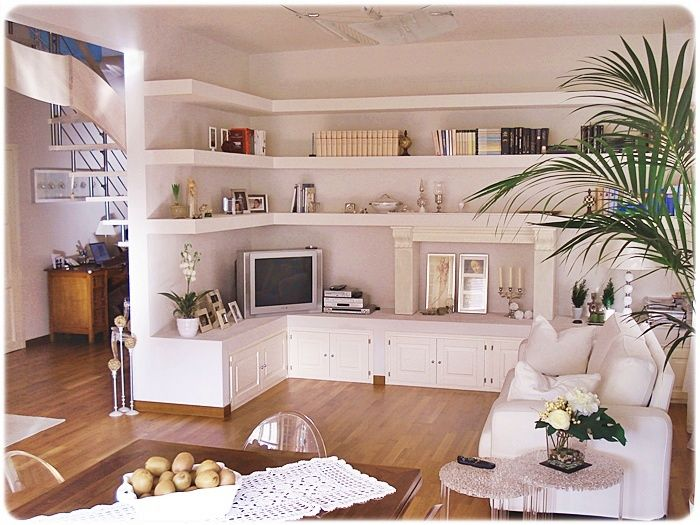 Armadietti cartongesso casa cartongesso nel 2019 home decor living room shelves e living - Armadi da soggiorno ...