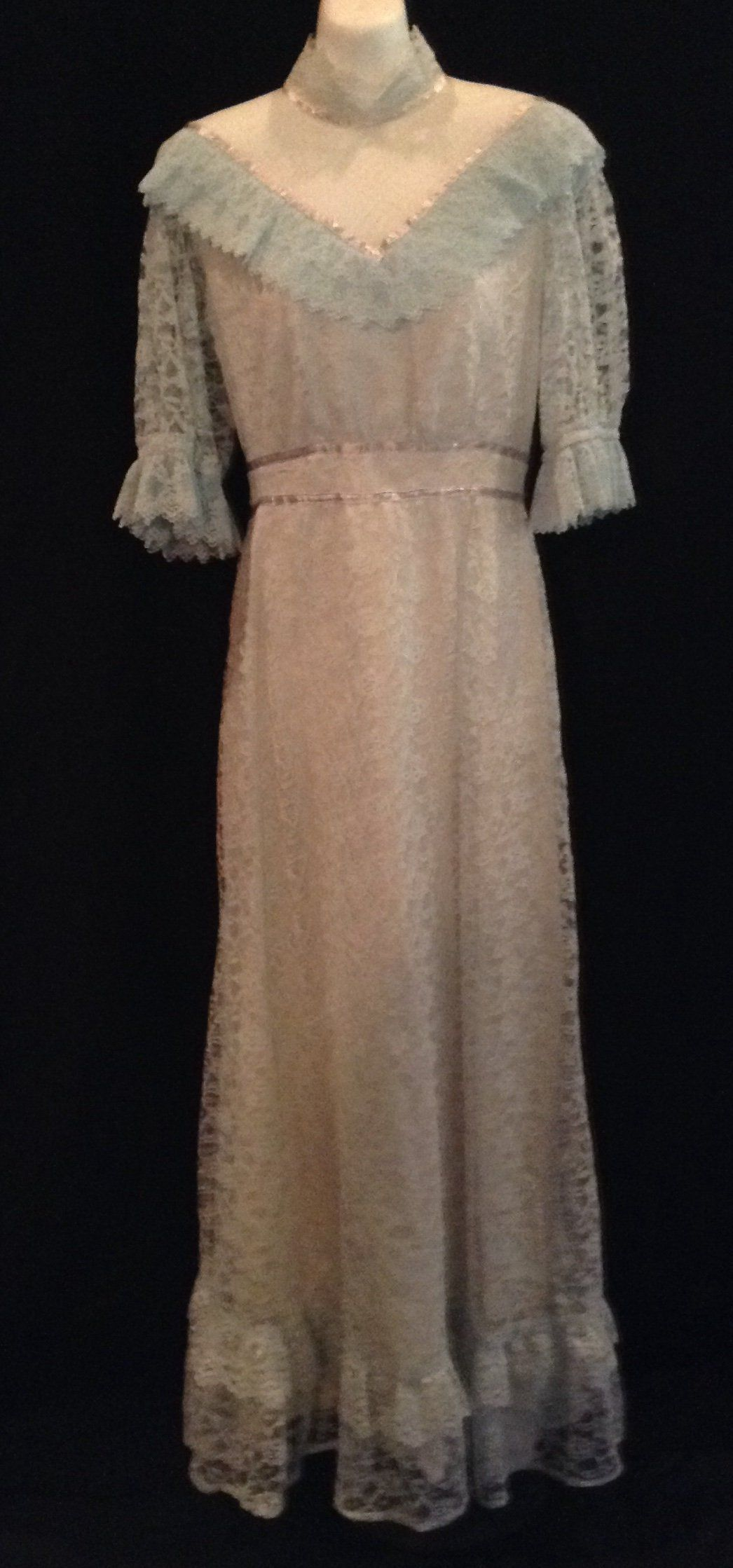 Vintage us handmade prairie style dress baby blue lace purple