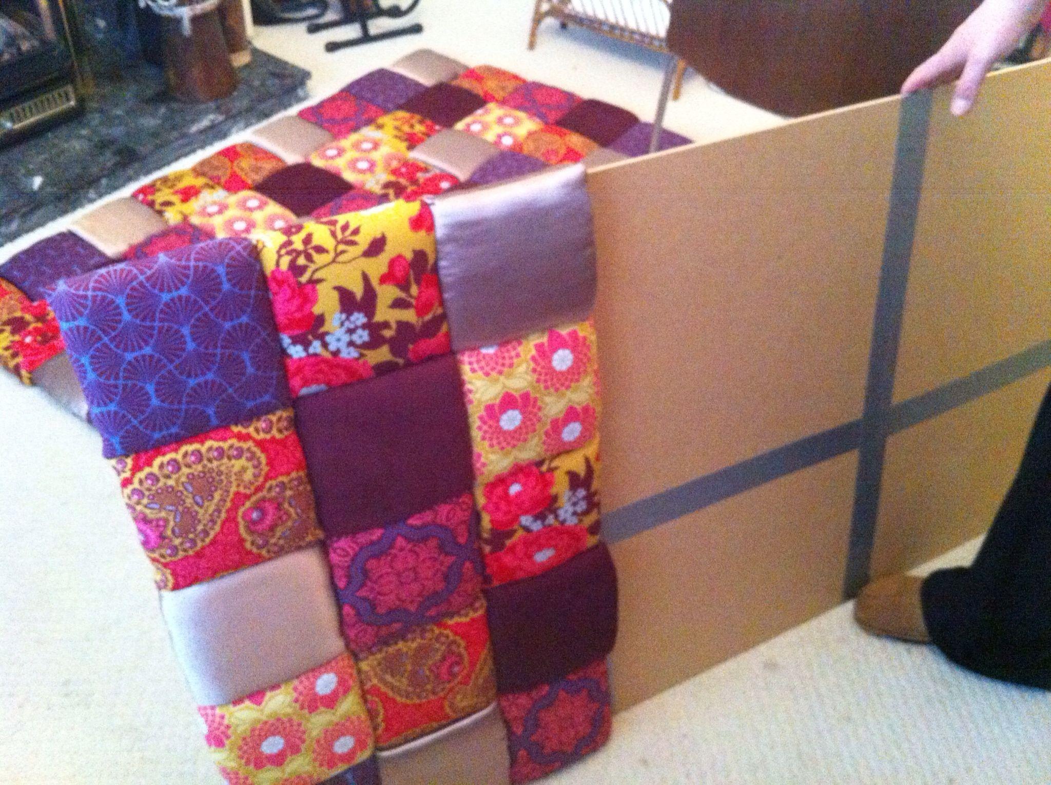 Tête de lit carrés de tissus Deco tete de lit, Tête de