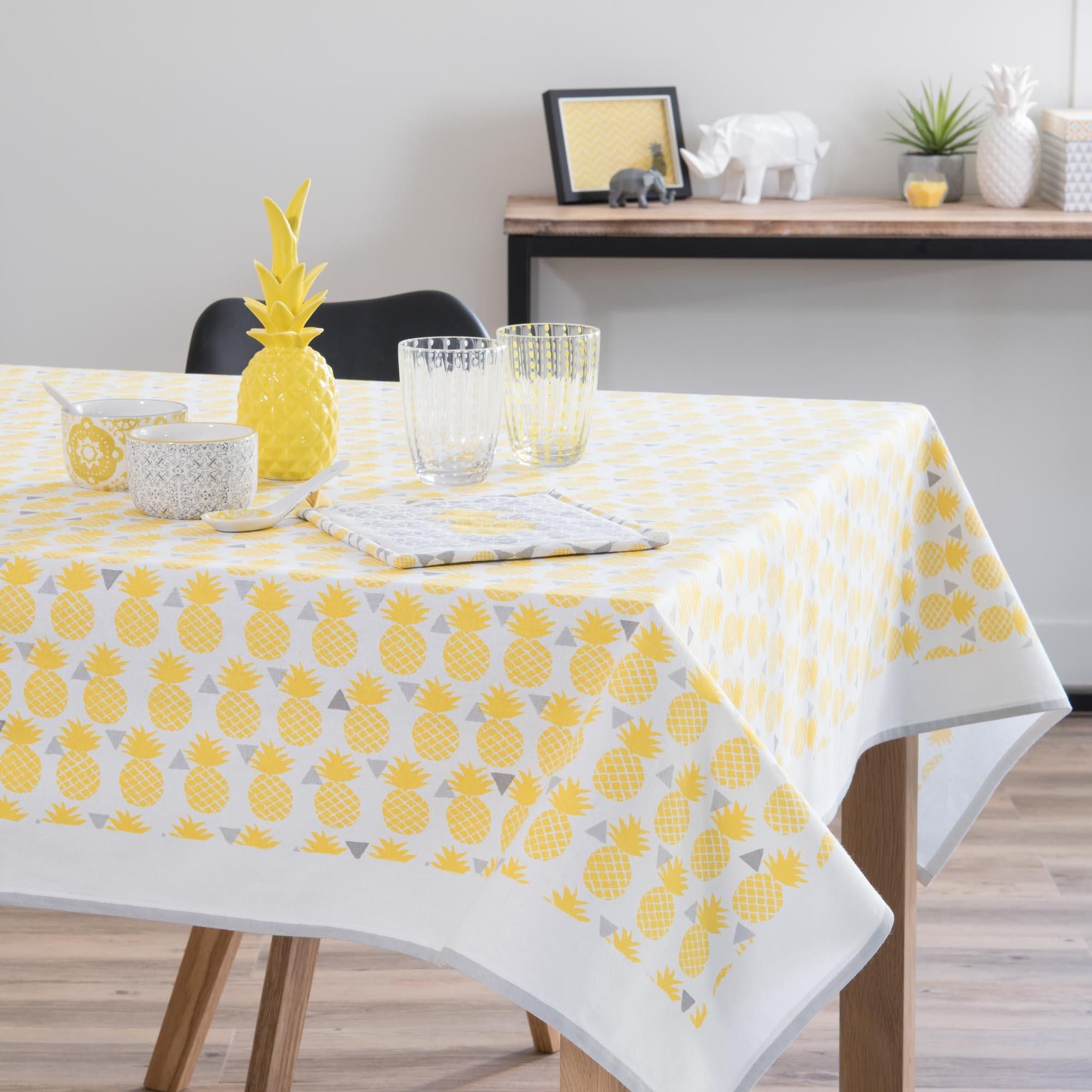 Nappe en coton jaune 150 x 250 cm pinapple maisons du monde dining table yellow cotton et - Maison du monde nappe ...