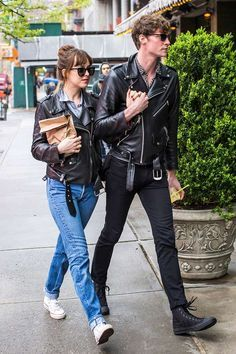 Promise I will hold hands every step of the way. #leatherjacket #blackleatherjacket #blackglasses #couplelove #menlove #menstreetstyle #menlovestyle #womenstyle #Dakotajohnson #chrismartin #50shades #gray #darken  Promise I will hold hands every step of the way. #leatherjacket #blackleatherjacket #blackglasses #couplelove