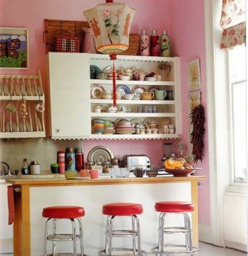 Pink! A Fun, Bright Kitchen