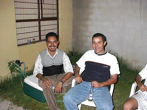 cool Favio y Pepe        Posted by MOiSTER  on 2003-02-13 08:29:28      Tagged:  , Real Madrid , favio , pepe , futbol , soccer , nene ... http://showbizlikes.com/favio-y-pepe/