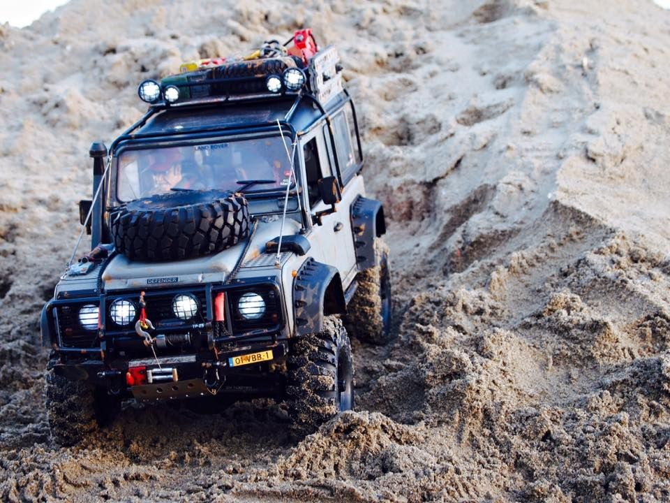 Defender D90 based on a Axial SCX10 Chassis. Build by Rc Car ...