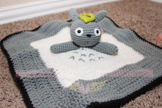 Made To Order: Totoro Crochet Lovie Blanket por PaxtonsPromise
