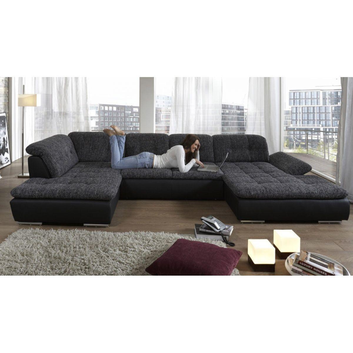 Sehr Moderne Wohnlandschaft Mit Großer Liegefläche Diese Sitzecke Ist Ein  Echter Hingucker Und Garantiert Absolute Entspannung Seine Auße