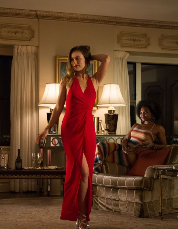 How The Music Of Vinyl Inspired The Show S 70s Costumes Olivia Wilde Style Hippie Costume