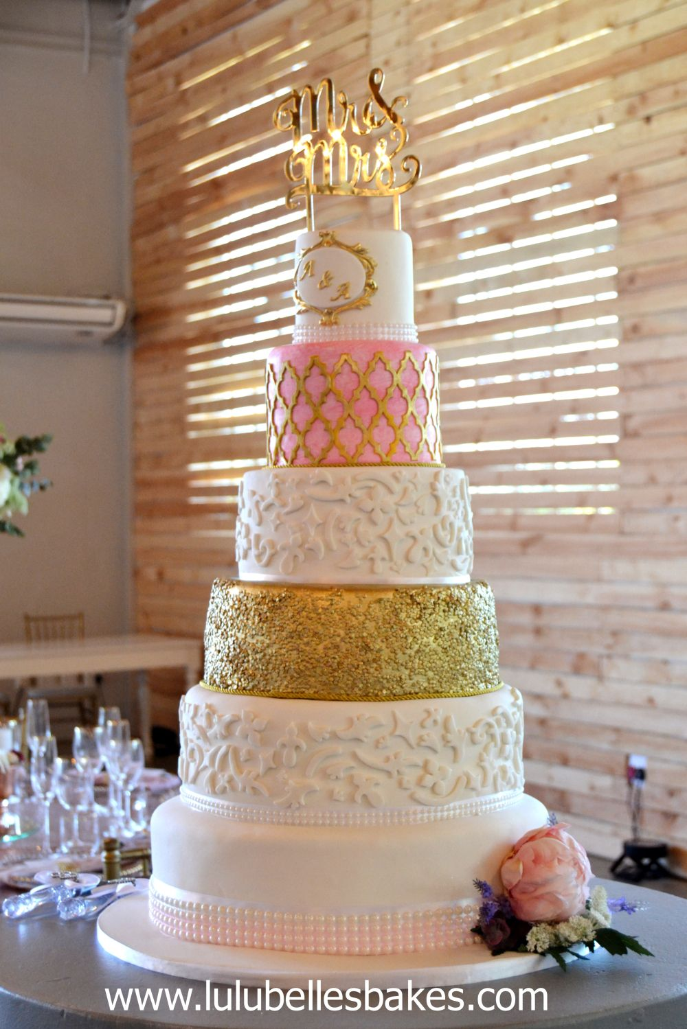 6 Tier Gold Pink And White Elegant Wedding Cake With Marvelous Molds Moroccan Onlay Mat Detail Huge Wedding Cakes Pink Wedding Cake Modern Wedding Cake
