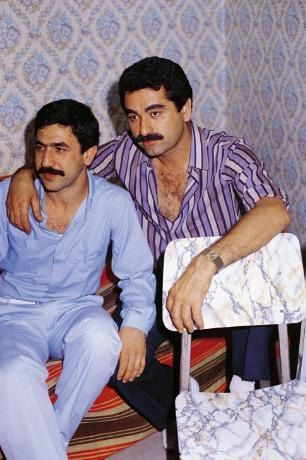 Burhan Bayar Kimdir Biyografisi Diskografisi Men Casual Button Down Shirt Mens Tops
