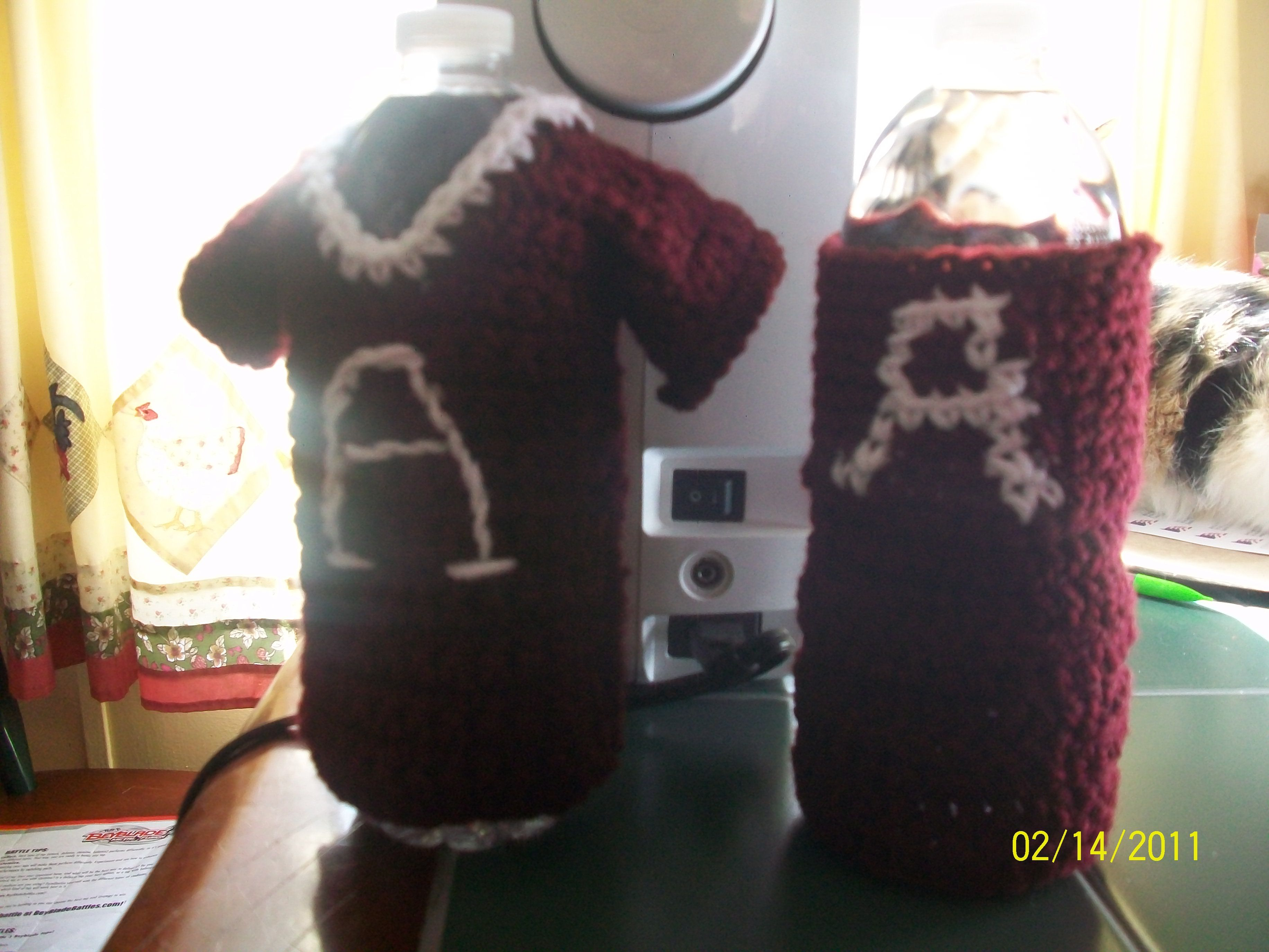 Alabama water bottle holders made up the pattern as i crocheted alabama water bottle holders made up the pattern as i crocheted around a water bottle bankloansurffo Images