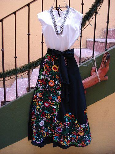 Falda Envolvente Bordada Mexican Outfit Mexican Fashion