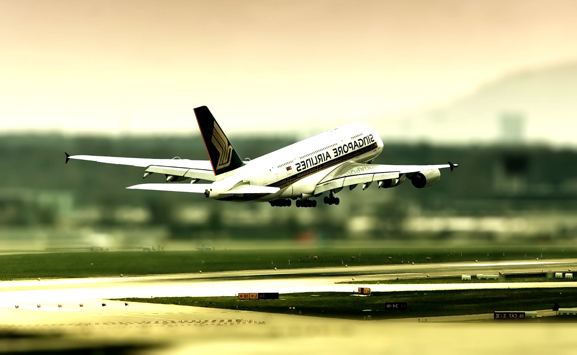 Laptop Aeroplane Flying Hd Wallpaper Hd Wallpapers 4 Us