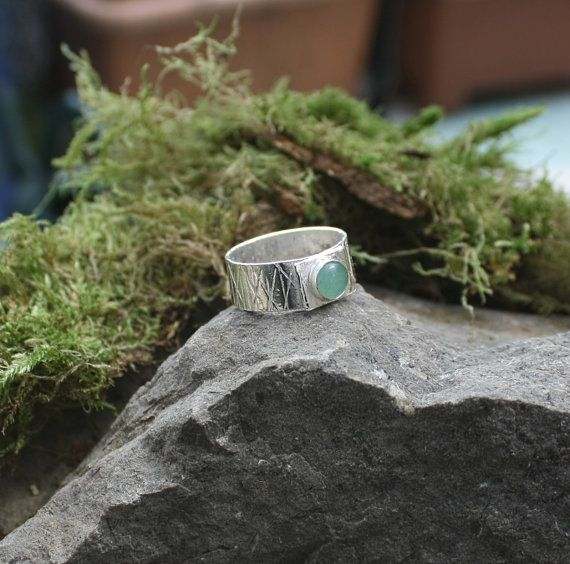 Green aventurine ring. sterling silver by Eleftheriajewellery
