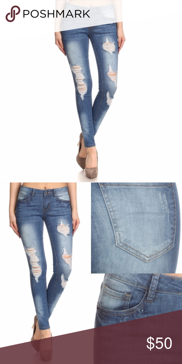 🌺 NEW!! 👖 Distressed Skinny Jeans Super trendy and flattering distressed skinny jeans. Full length skinny style with 5 pocket styling. Great Fall staple. 96% Cotton, 4% Spandex. Juniors Sizing. Bundle and Save 15% on 3 or more items 😊🎉🛍 WILA Jeans Skinny