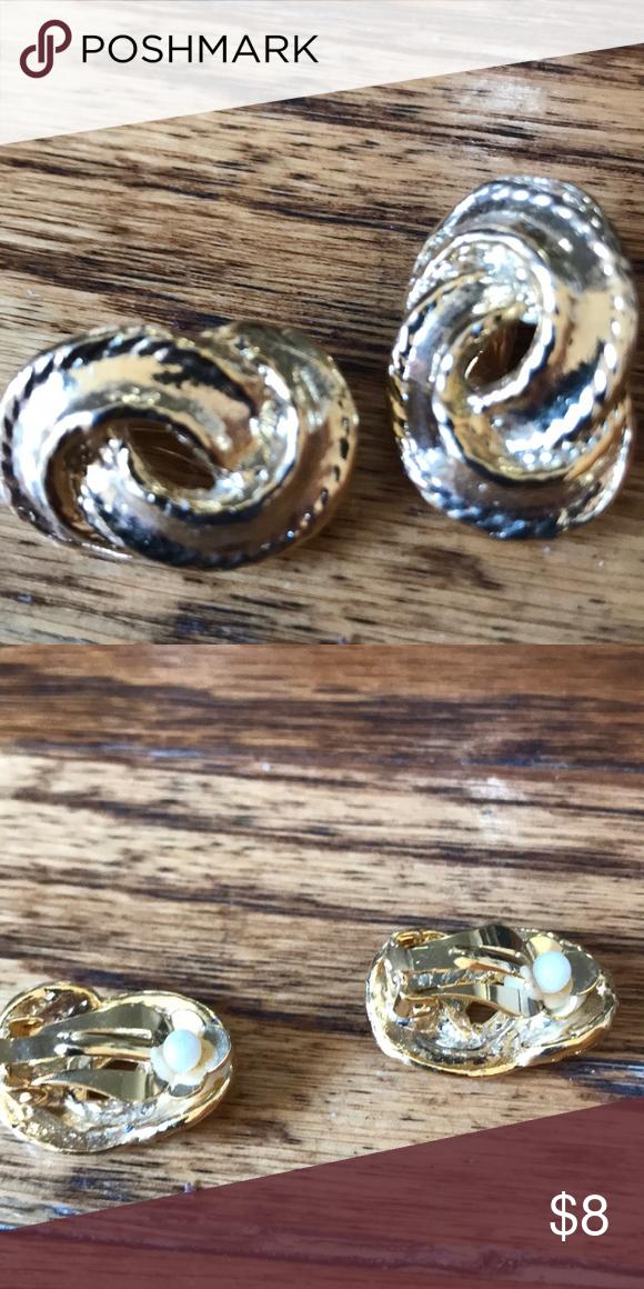 Working girls clip on gold earrings Gold earrings, Gold