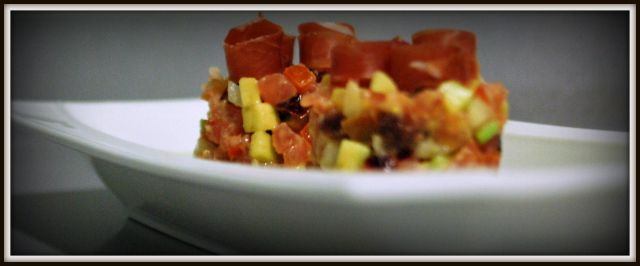 tartar de tomate y gazpacho de pepino