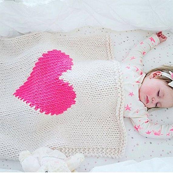 Corazón manta bebé cuna tamaño mano de punto bebé manta | CROCHET y ...