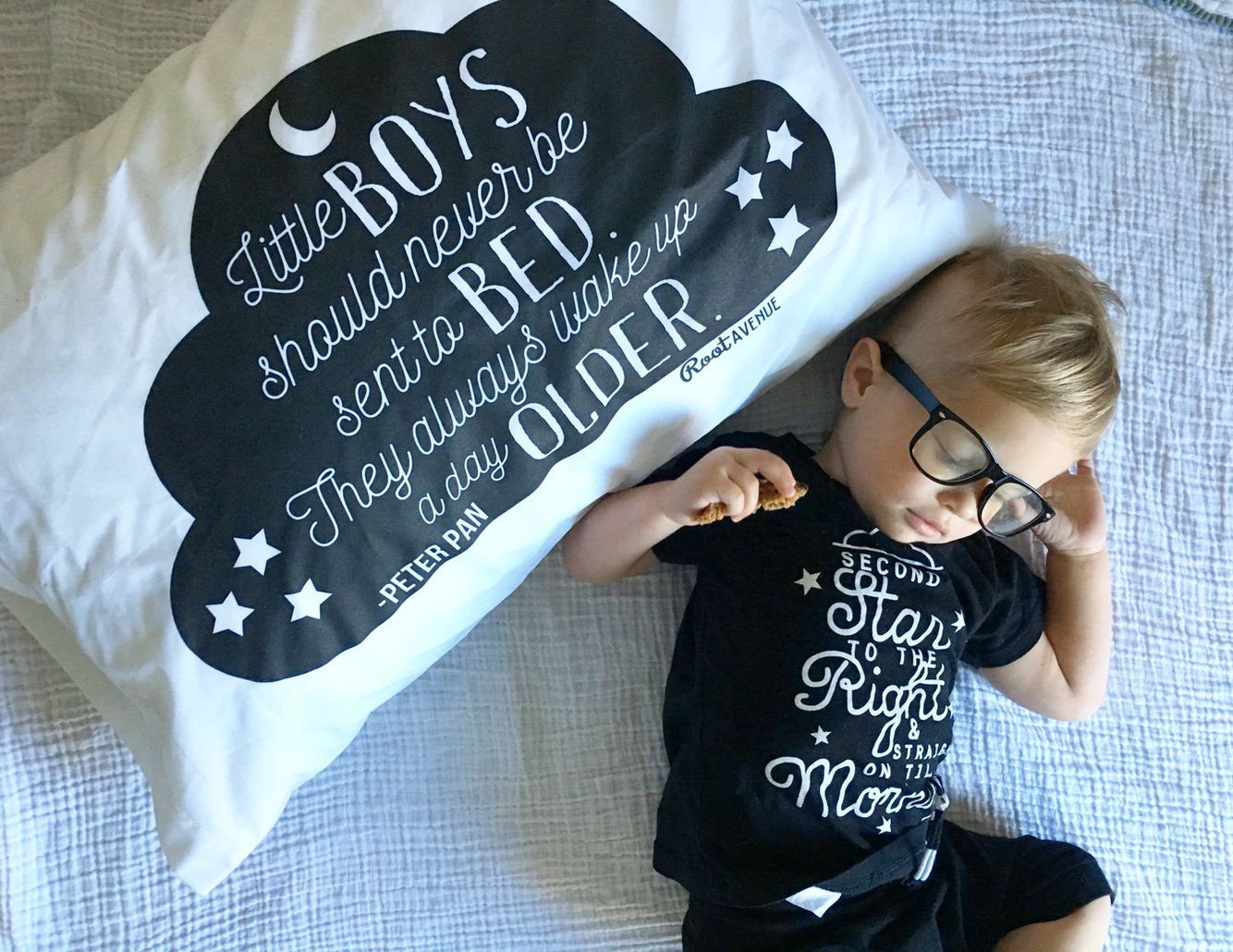 Baby Slaapkamer Teksten : Little boys should never be sent to bed they always wake up a day