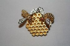 Vintage Boucher Bee on honeycomb pin brooch