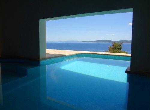 Villa solis indoor pool apartment in marusici omis for Schwimmingpools preiswert
