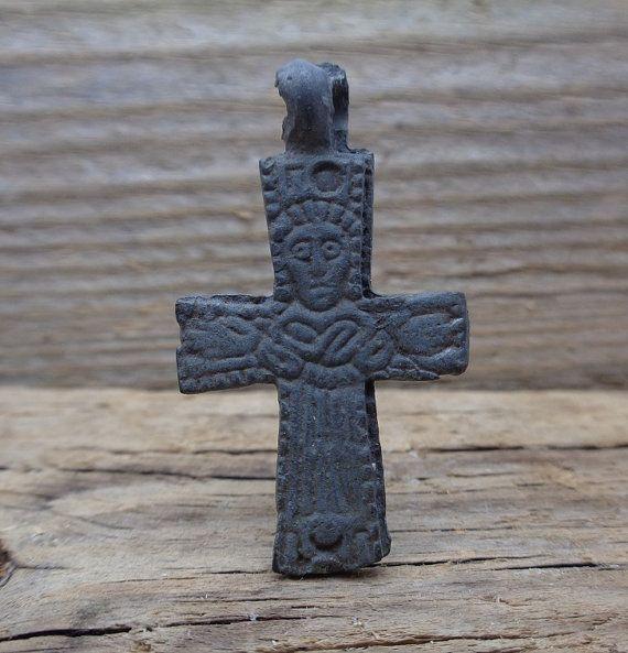 Ancient bronze cross pendantevan rus pendantking age 10 12 ancient bronze cross pendantevan rus pendantking age 10 12 century mozeypictures Images