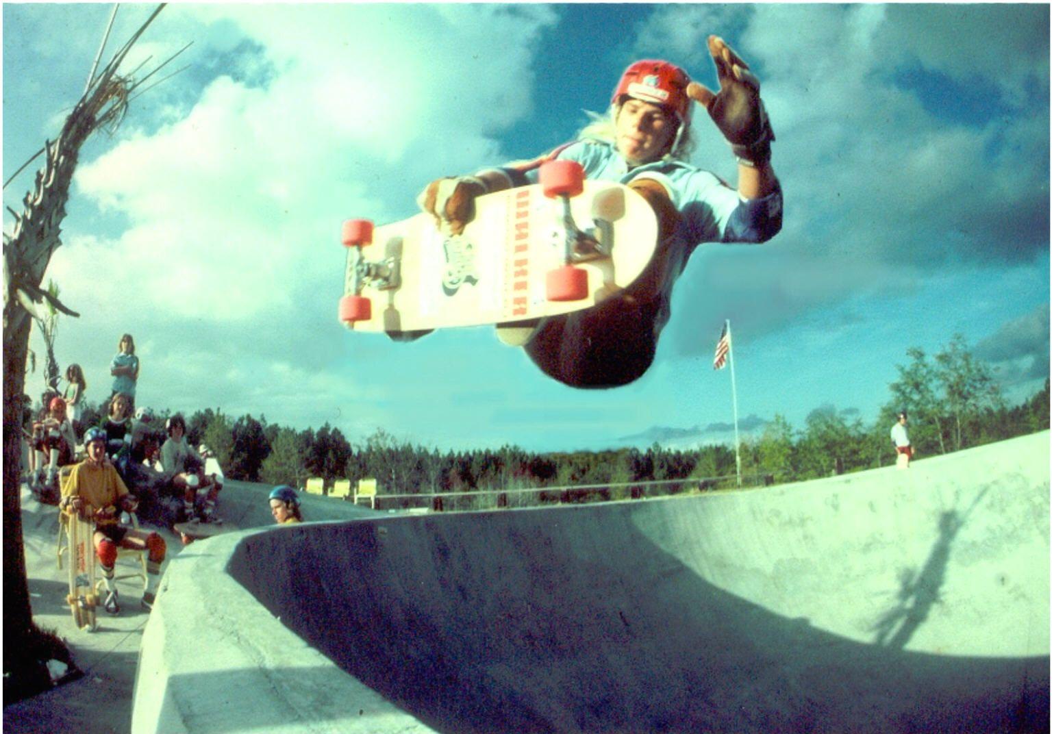 197 134 Digital Design And Visualiation Project02 Rethinking Vintage Skateboards Skate And Destroy Digital Design