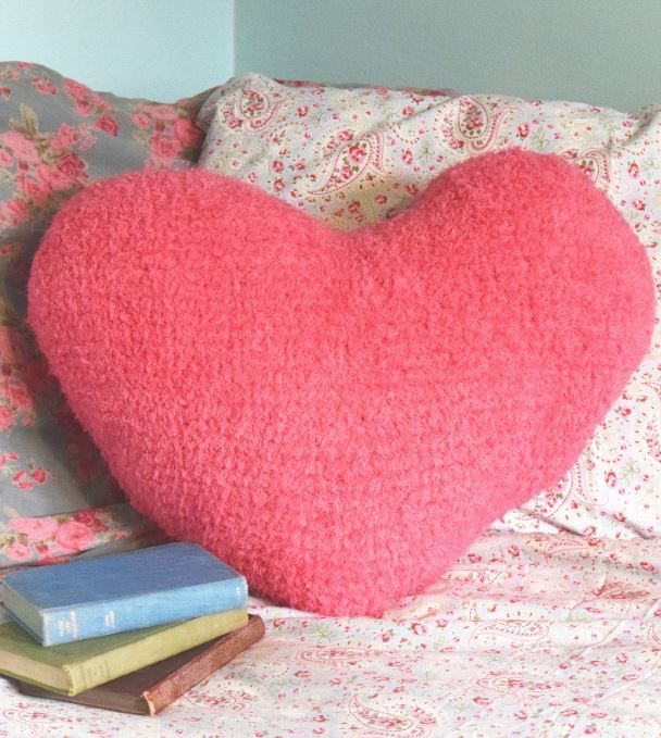 Free Heart Shape Cushion Knitting Pattern In Robin Fleece Chunky