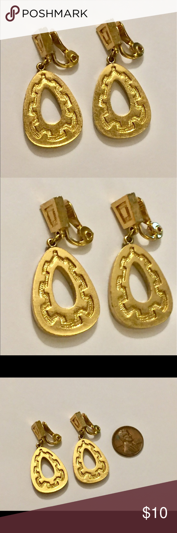 Vintage MONET Dangle earrings clip on Great condition Vintage Jewelry Earrings