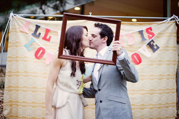 "Adorable ""photo booth"" (photo by Tealily Photography)"