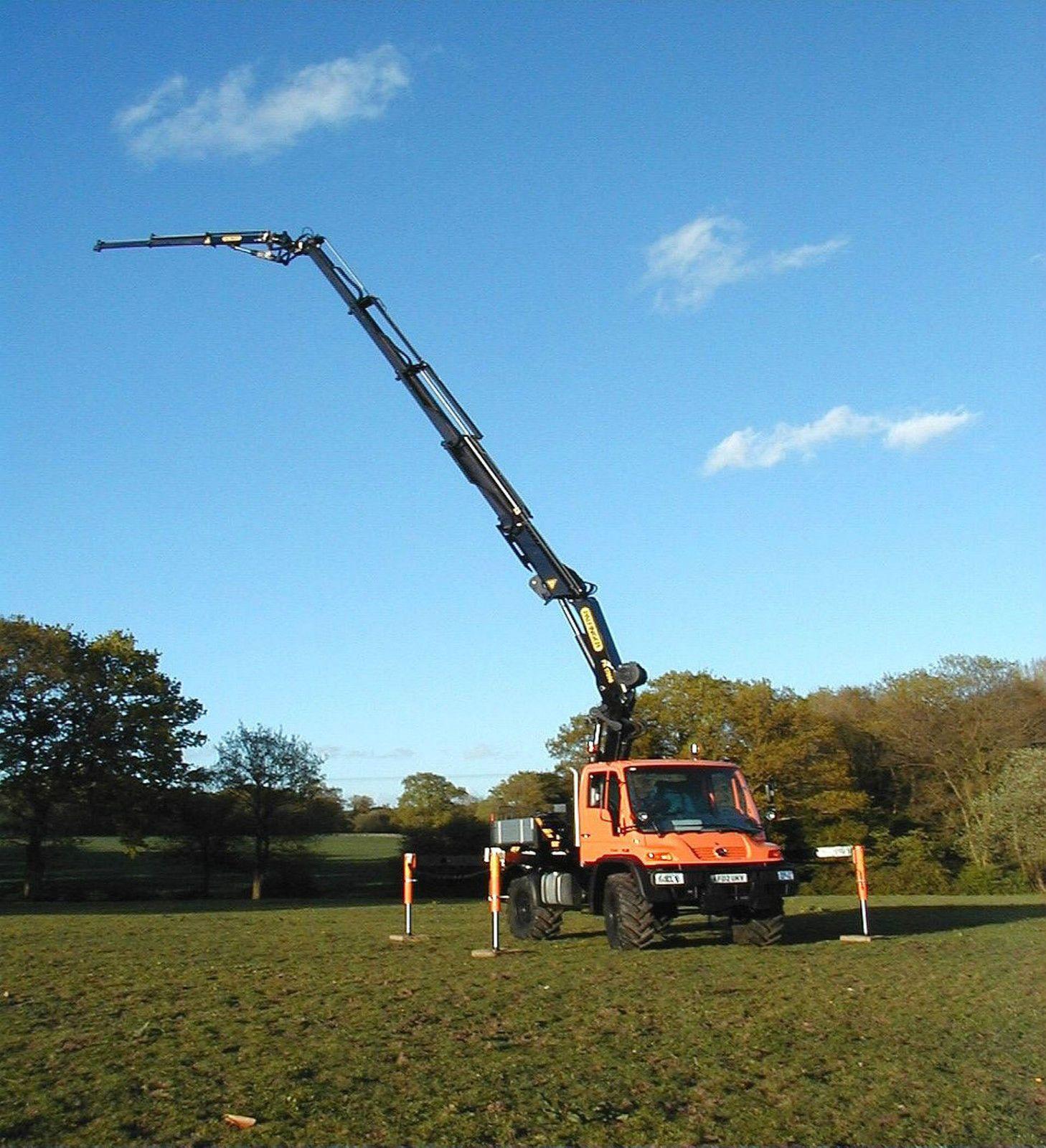 Unimog U400 with Palfinger Long Boom Crane & Winch   eBay   4 x ...