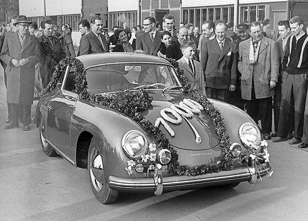 Um dos momentos mais marcantes da vida de Wolfy: no dia da grande festa em Zuffenhausen para comemorar a produção do 10.000 carro, coube-lhe a honra, apesar dos seus 10 anos, de conduzir o carro para fora das instalações da Porsche, deixando todos os convidados maravilhados