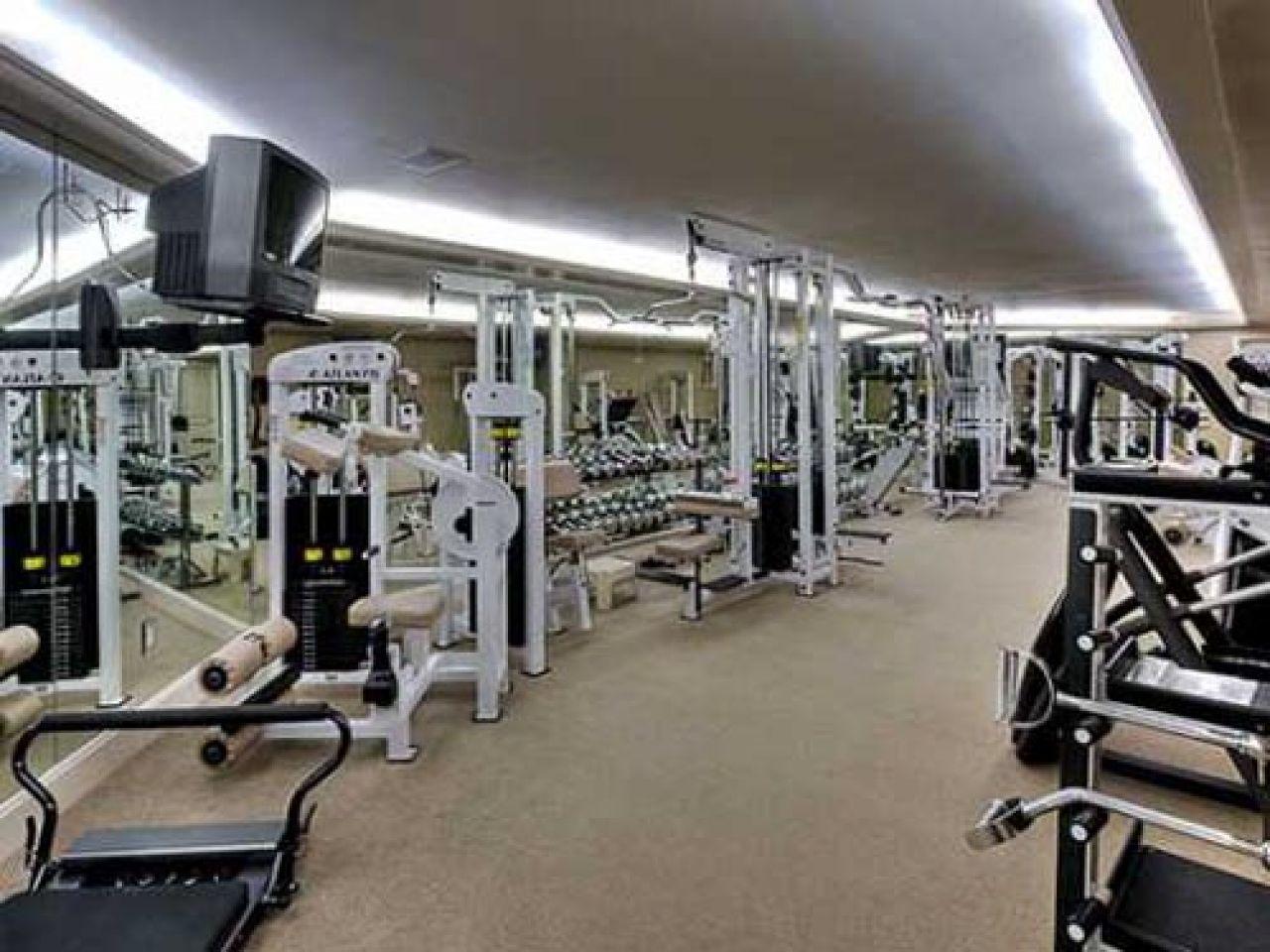 Lebron James S Home Gym Miami Houses Miami Mansion South