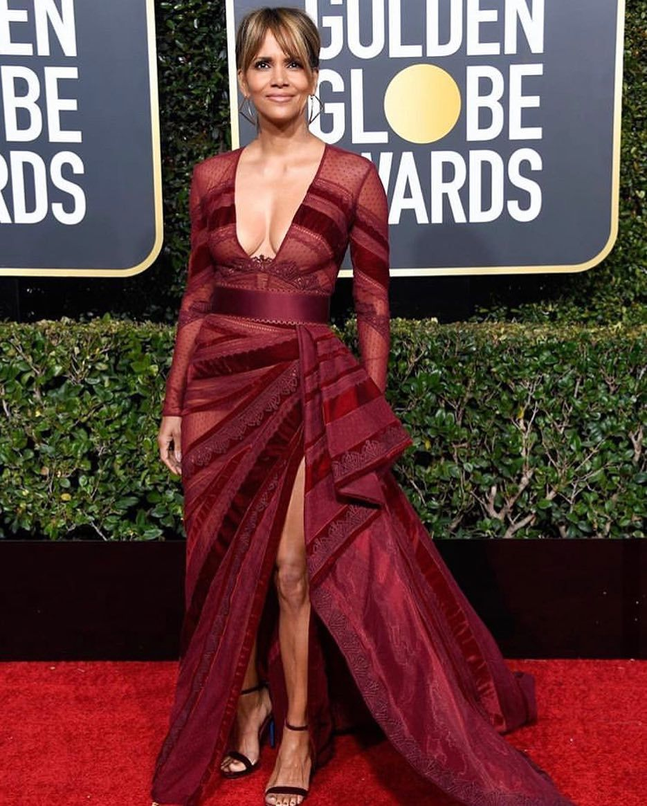 Las celebridades más talentosas de la industria cinematográfica lucieron  sus mejores looks en la alfombra roja d6d2822f566e