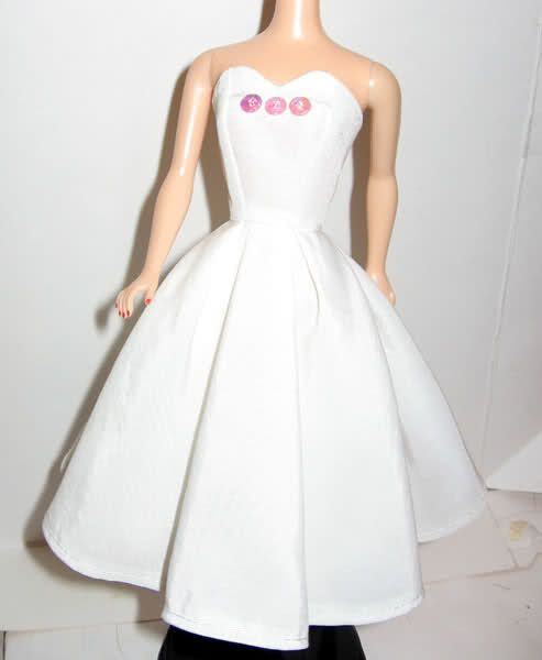 Free Barbie Doll Clothes Sewing Patterns - Bukisa - Share your ...