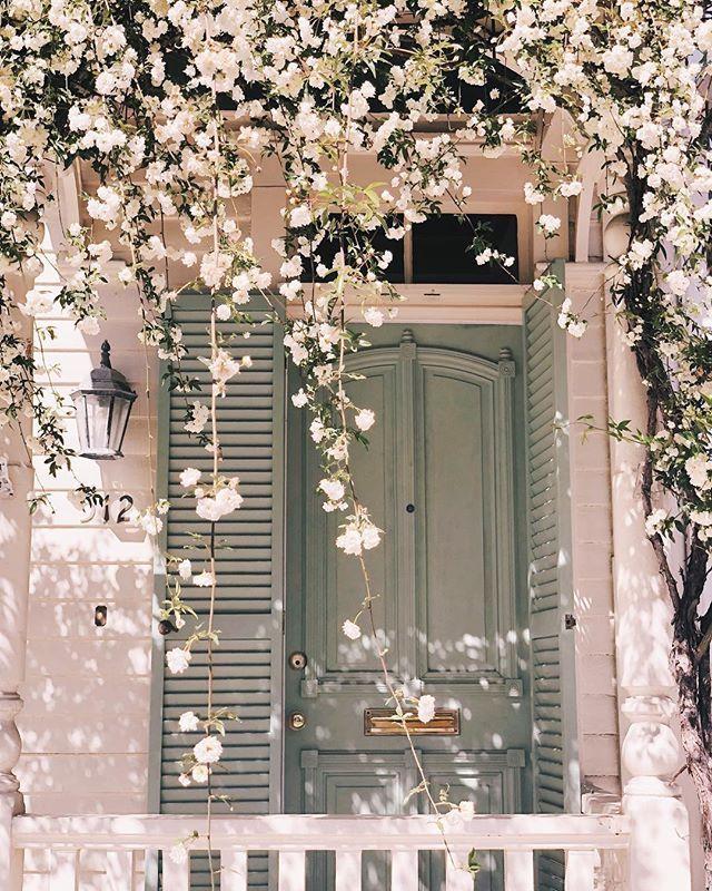 Dieses Mal im letzten Jahr im schönen Savannah, Georgia (wir drehten unsere Julia E ...  #dieses #drehten #gardendecorationideas #georgia #letzten #savannah #schonen #unsere #architecture