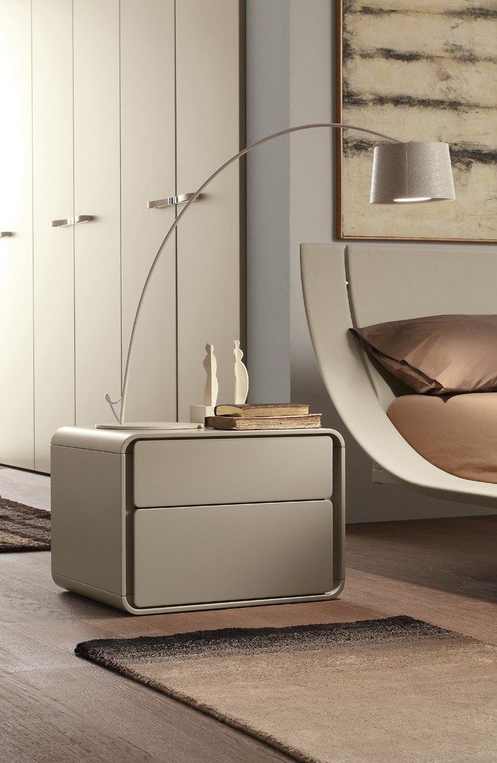 Contemporary style lacquered wooden bedside table Ice Letti_beds