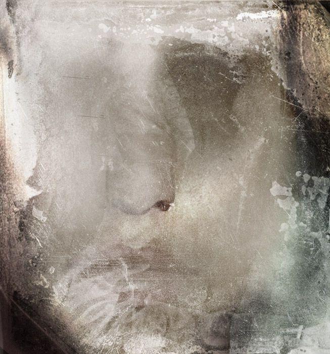 Päivi Hintsanen: Absent 70, 2009