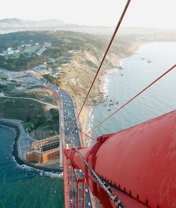 Lovely View But Don T Look Down 25 Of The Most Extreme Rooftopping Photos San Francisco Golden Gate Bridge Golden Gate Bridge San Francisco Bridge