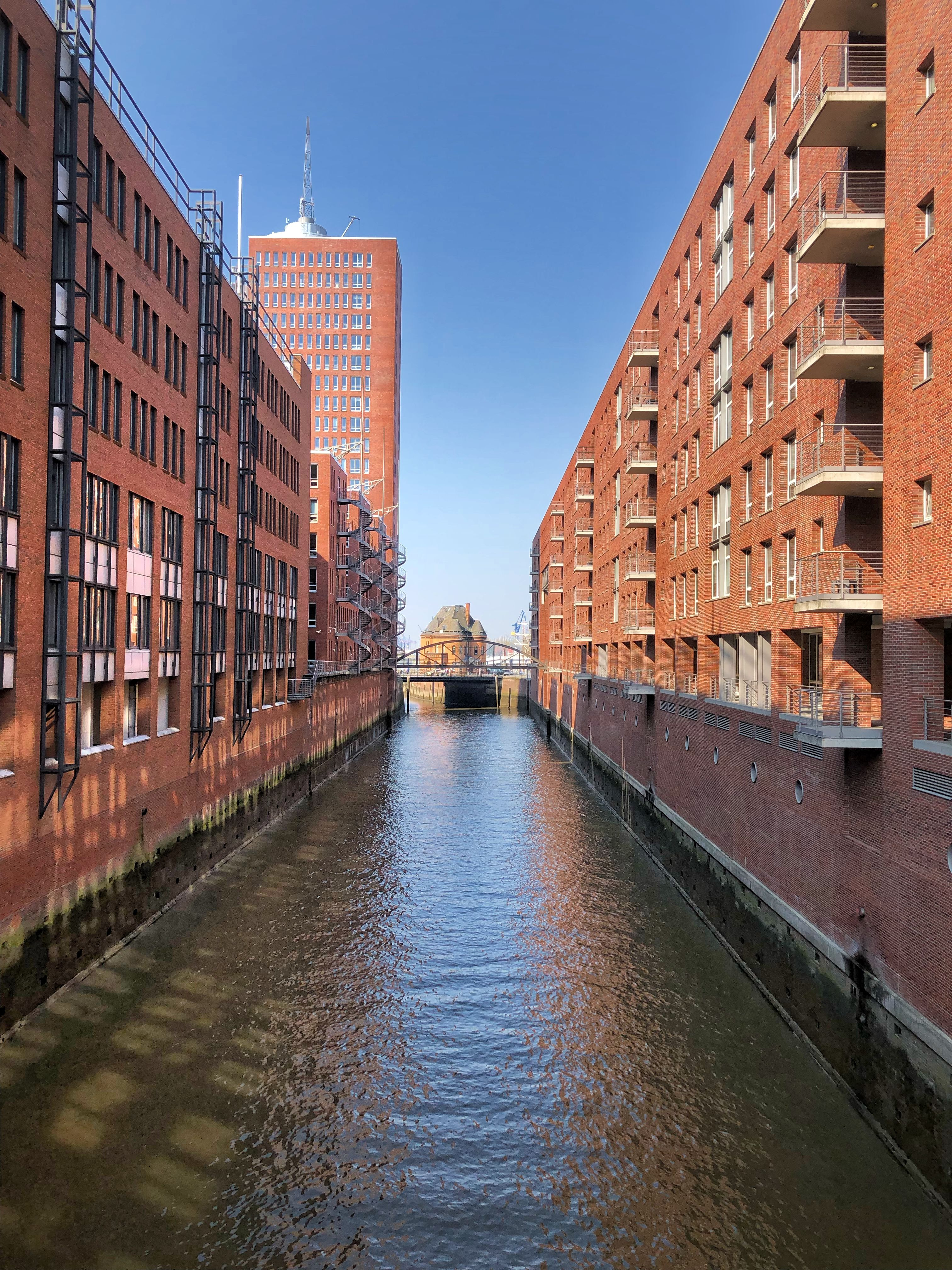 Pin By Sofiya Myronets On Hamburg Canal Structures Building