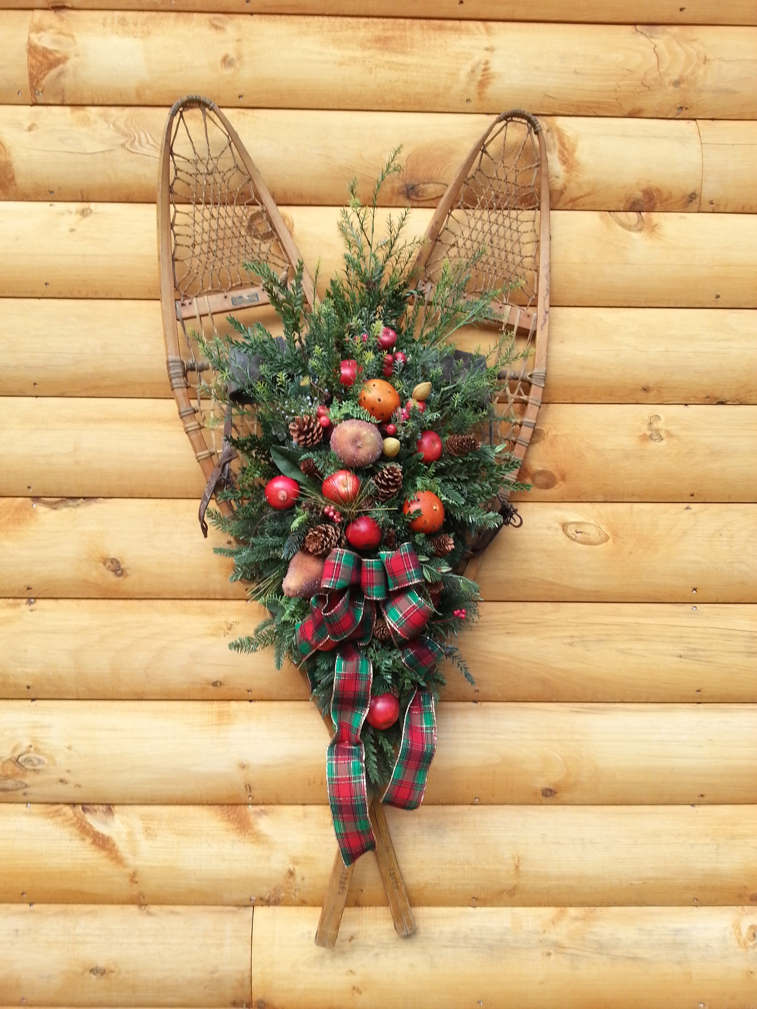 Attractive Snowshoe Wall Decor Component - Wall Art Collections ...