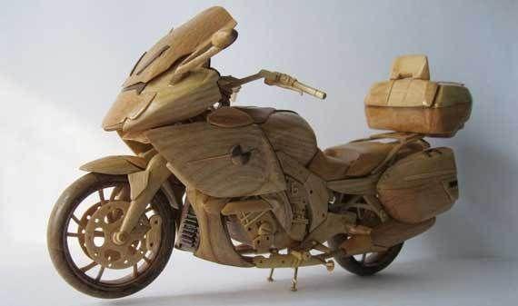 Motor Hasil Kerajinan Dari Kayu Kayu Seni Seniman