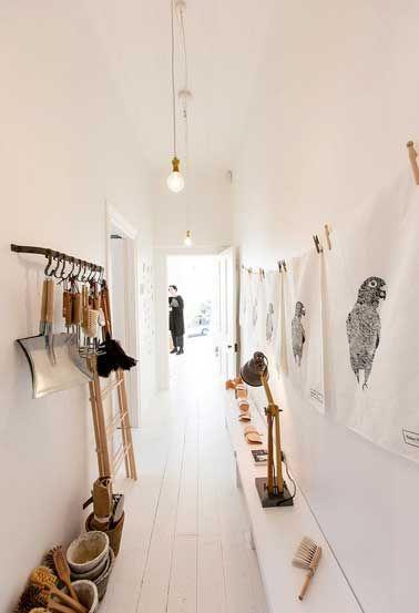 12 idées déco pour styliser un couloir long étroit ou sombre - idee couleur couloir entree