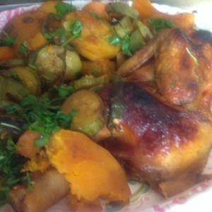 صينية خضار بالدجاج أضيفت بواسطة ام سلطان Omsultan الأطباق الرئيسية Recipes Chicken Food