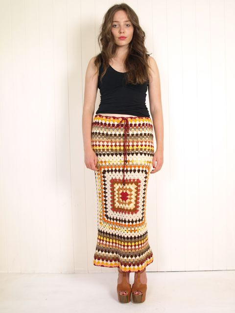 e12fa66077 Love, love, love this skirt!! Free tutorial: Crochet granny square skirt  dress