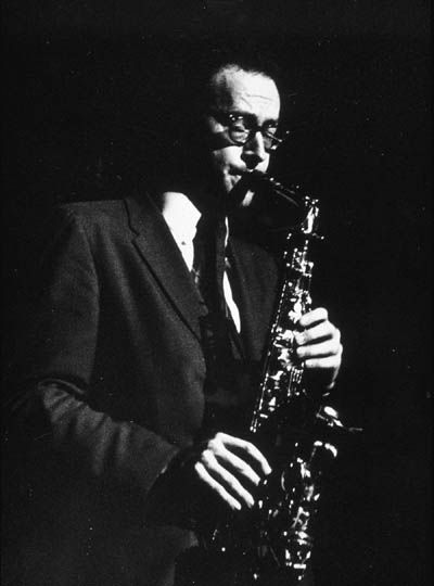 alto saxophonist paul desmond in concert at the brooklyn academy of