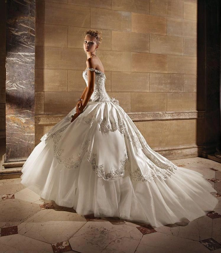 White And Gold Wedding. Sweetheart Corset Ballgown Dress