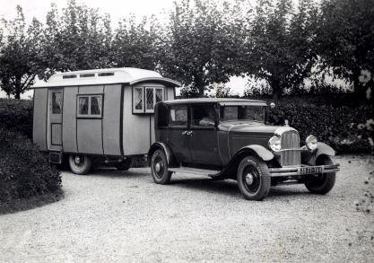 In 1919 in Gosta Green Birmingham werd Eccles Motor Transport Ltd. opgericht door Bill Riley Senior en het eerste prototype van de 'Eccles caravan and motorhome' werd gebouwd.