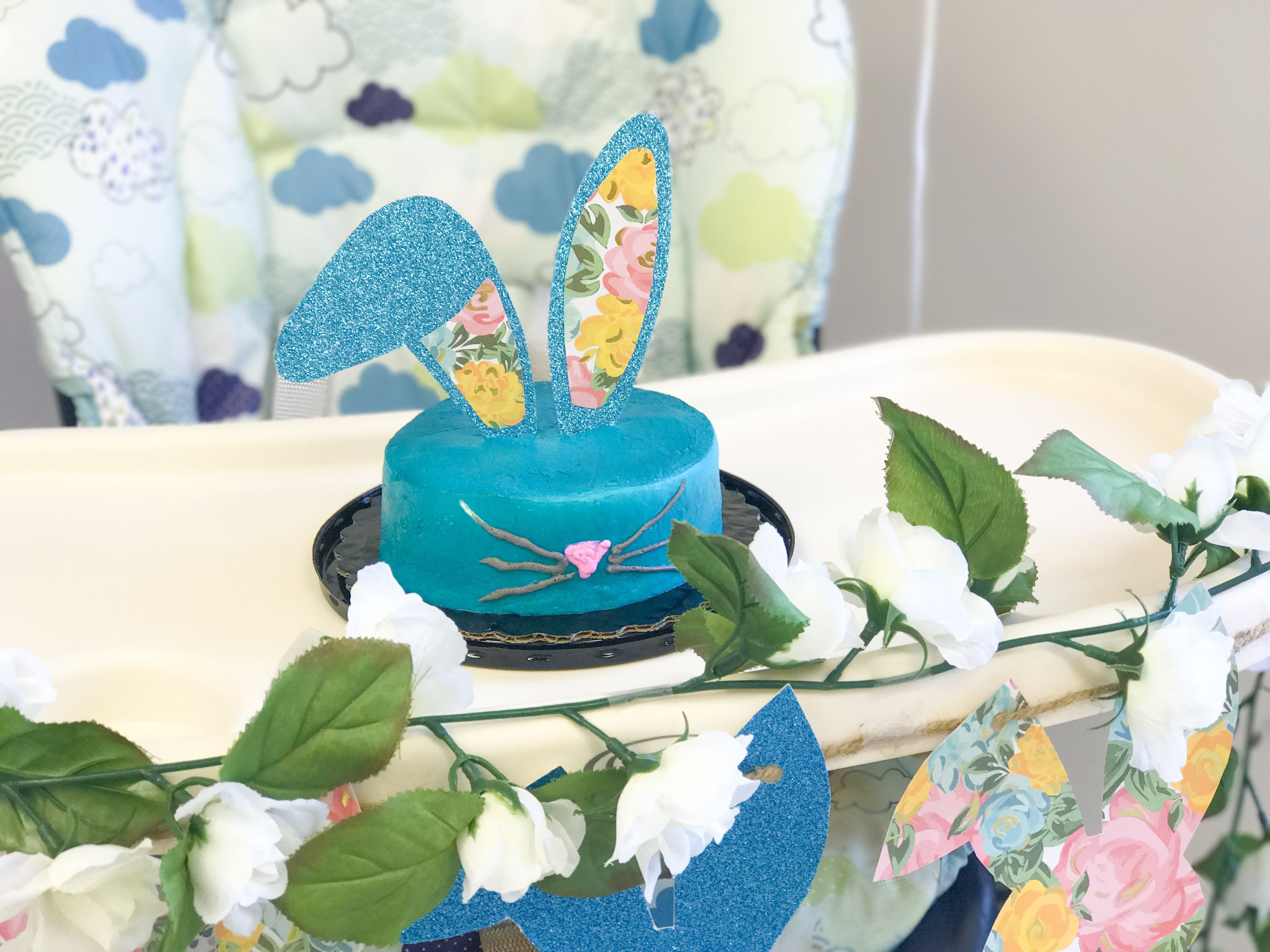 Blue Bunny cake Josies Blue Bunny First Birthday Pinterest