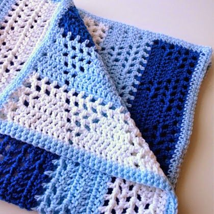Triangles & Stripes Baby Blanket (Free Pattern) ༺✿Teresa Restegui http://www.pinterest.com/teretegui/✿༻