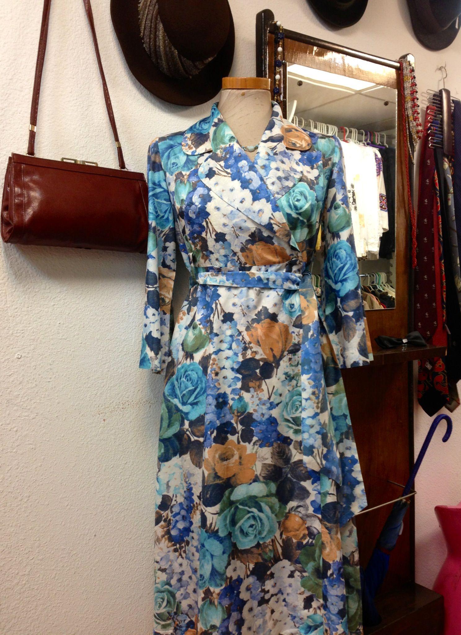 Vestido floreado anos 60